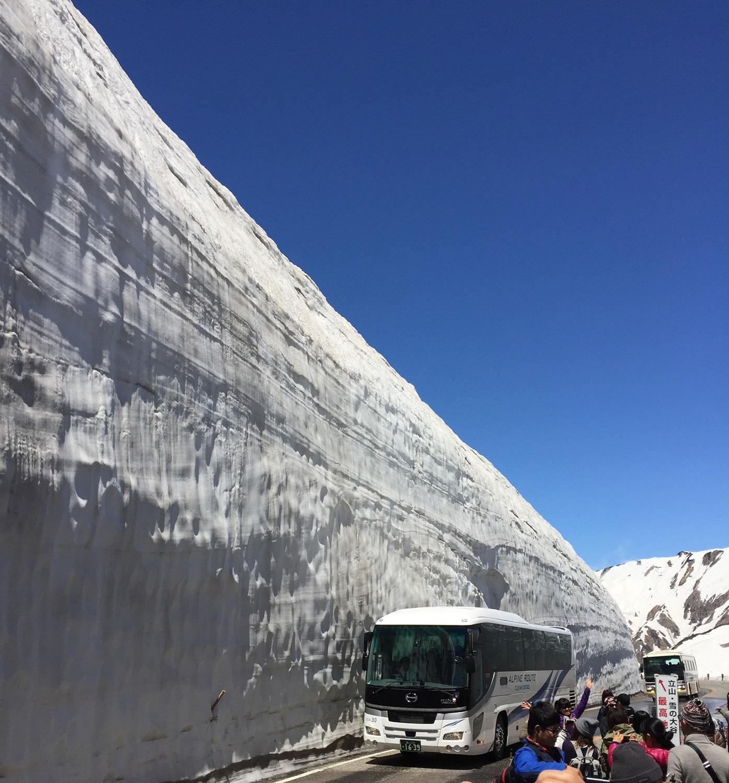 (2017/05/29〜)「立山 雪の大谷」