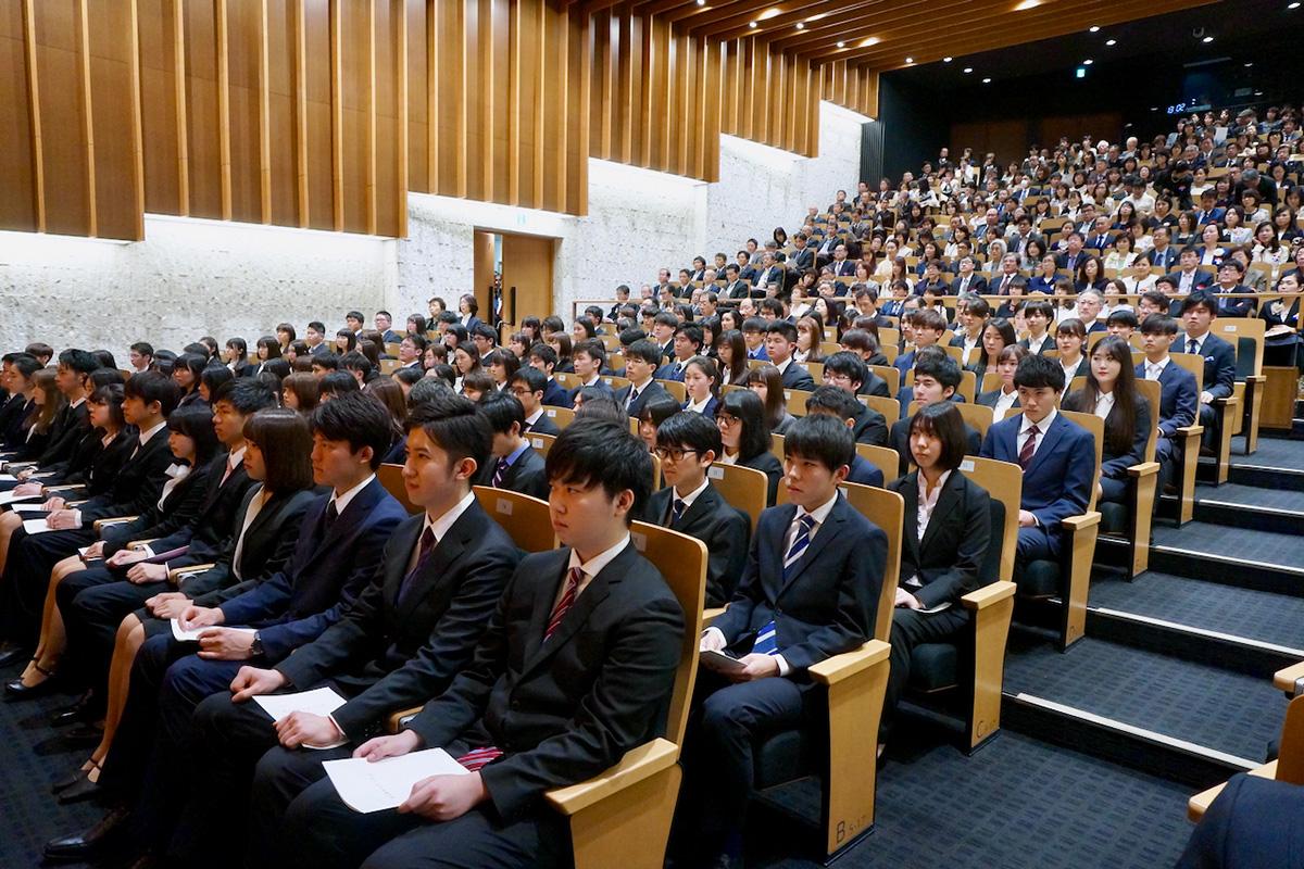 母校だより:2019年度 東京歯科大学130期入学式(2019年4月5日)《写真ギャラリー》