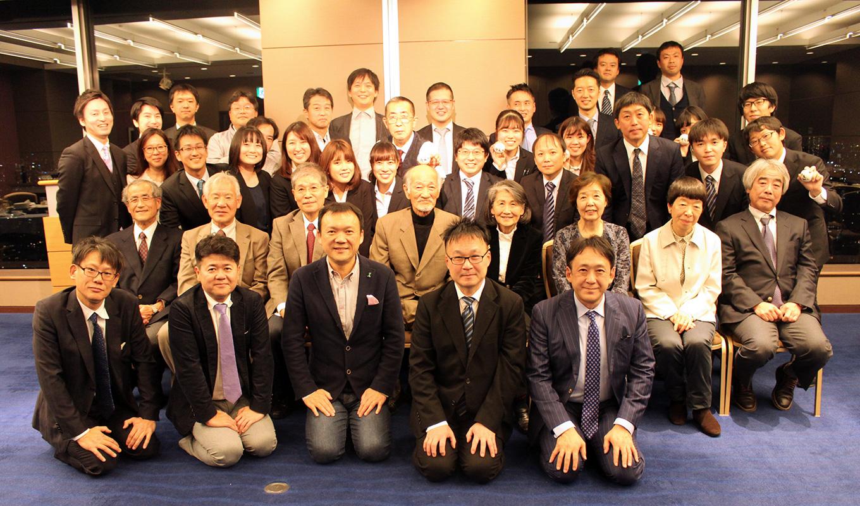 ソフトテニス部(軟式庭球部) 令和元年度OB総会・納会 ~中尾和三先生喜寿お祝い~