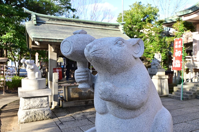 (2020/01/04〜)「戸部杉山神社の狛鼠」