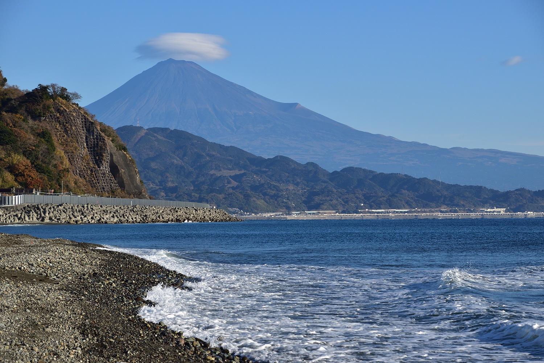 (2020年12月26日〜)「駿河湾から富士山を望む」